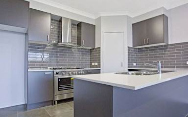 House share Birtinya, Gold Coast and SE Queensland $195pw, 3 bedroom house