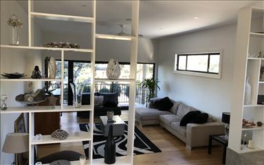 House share Allambie Heights, Sydney $425pw, 4+ bedroom house