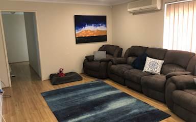 House share Bibra Lake, Perth $125pw, 3 bedroom house
