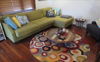 House share Carlisle, Perth $150pw, 3 bedroom house