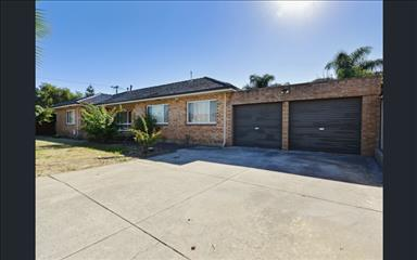 House share Belmont, Perth $117pw, 4+ bedroom house
