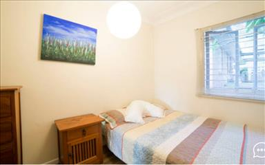 House share Burleigh Heads, Gold Coast and SE Queensland $225pw, 2 bedroom house