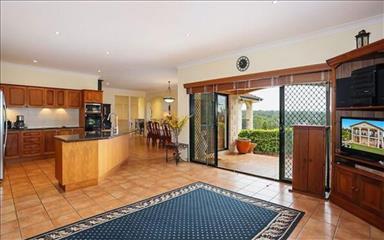 House share Albany Creek, Brisbane $135pw, 4+ bedroom house