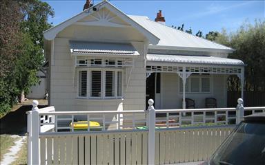 House share Alphington, Melbourne $270pw, 3 bedroom house