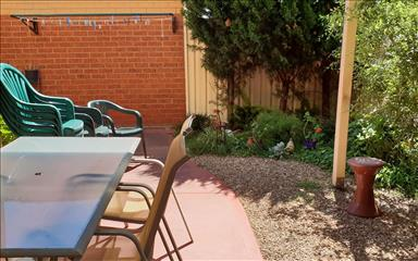 House share Airport West, Melbourne $195pw, 2 bedroom apartment