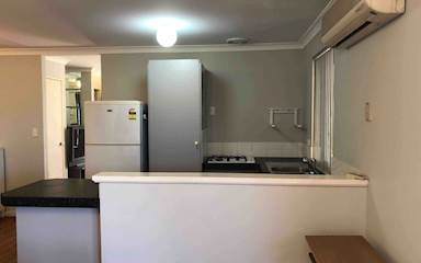 House share Bentley, Perth $120pw, 3 bedroom house