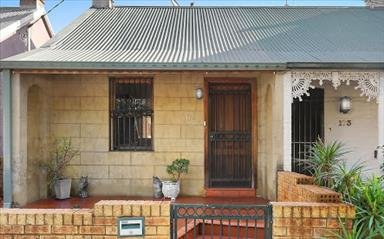 House share Alexandria, Sydney $300pw, 3 bedroom house