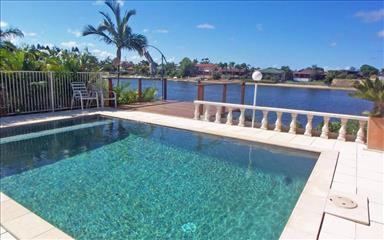 House share Broadbeach Waters, Gold Coast and SE Queensland $220pw, 3 bedroom house