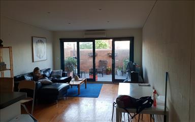 House share Abbotsford, Melbourne $210pw, 3 bedroom apartment