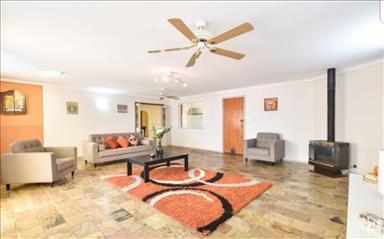 House share Hackham, Adelaide $180pw, 4+ bedroom house