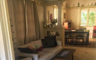 House share Bardon, Brisbane $160pw, 3 bedroom house
