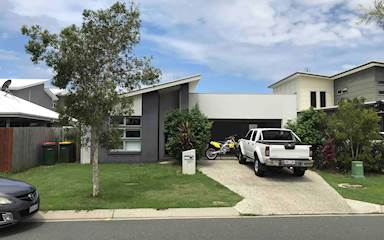 House share Birtinya, Gold Coast and SE Queensland $200pw, 4+ bedroom house