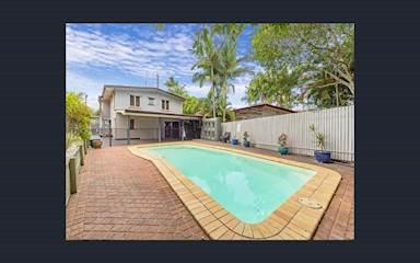 House share Arana Hills, Brisbane $175pw, 3 bedroom house