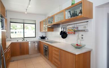 House share Claremont, Perth $275pw, 3 bedroom apartment