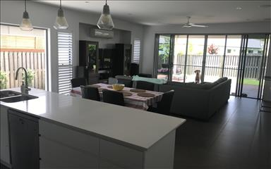 House share Forest Glen, Gold Coast and SE Queensland $165pw, 4+ bedroom house