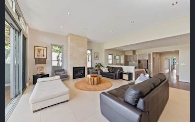 House share Beaconsfield, Perth $230pw, 3 bedroom house
