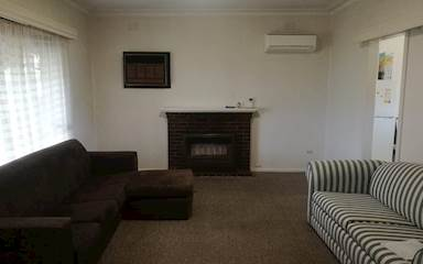 House share Altona North, Melbourne $113pw, 3 bedroom house