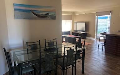 House share Canning Vale, Perth $140pw, 3 bedroom house