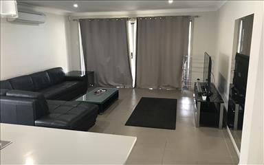 House share Augustine Heights, Brisbane $155pw, 3 bedroom house
