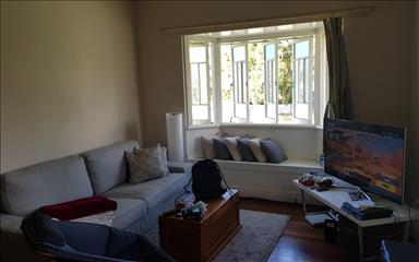 House share Balmoral, Brisbane $215pw, 4+ bedroom house