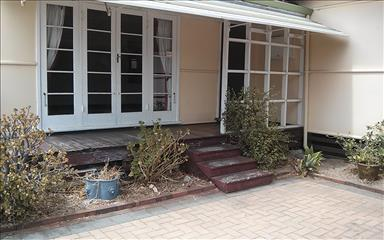 House share Bentley, Perth $105pw, 3 bedroom house