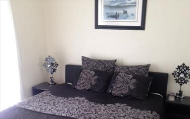 House share Arundel, Gold Coast and SE Queensland $200pw, 2 bedroom house