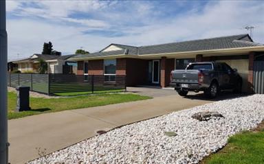 House share Hallett Cove, Adelaide $150pw, 3 bedroom house