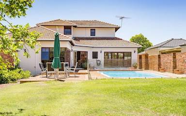 House share Como, Perth $230pw, 4+ bedroom house