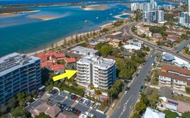 House share Biggera Waters, Gold Coast and SE Queensland $275pw, 2 bedroom apartment