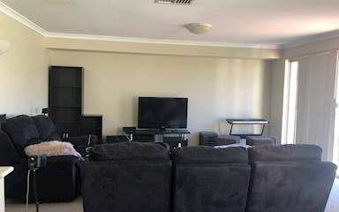 House share Canning Vale, Perth $130pw, 3 bedroom house