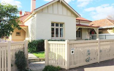 House share Prospect, Adelaide $180pw, 4+ bedroom house