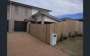 House share Kearneys Spring, Gold Coast and SE Queensland $115pw, 3 bedroom house
