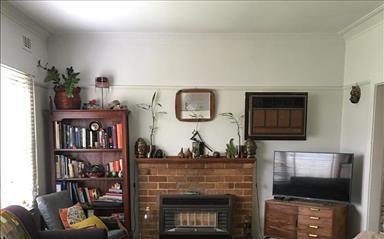 House share Alphington, Melbourne $277pw, 3 bedroom house