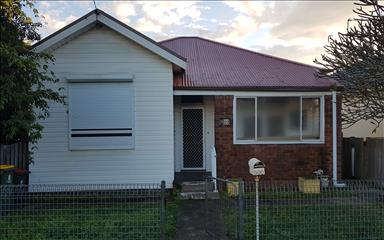 House share Adamstown, NSW - Hunter, Central and North Coasts $160pw, 3 bedroom house