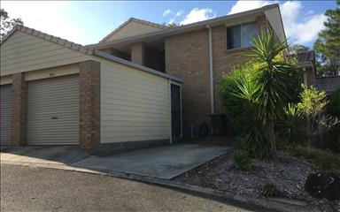 House share Biggera Waters, Gold Coast and SE Queensland $190pw, 2 bedroom house