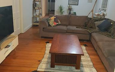 House share Bardon, Brisbane $175pw, 3 bedroom house