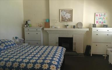 House share Alphington, Melbourne $220pw, 4+ bedroom house