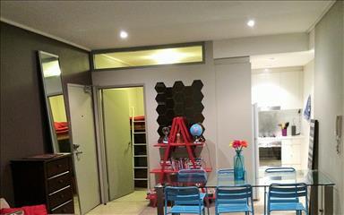 House share Alexandria, Sydney $240pw, 3 bedroom apartment