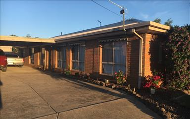 House share Ballarat Central, Vic - South Western $125pw, 4+ bedroom house