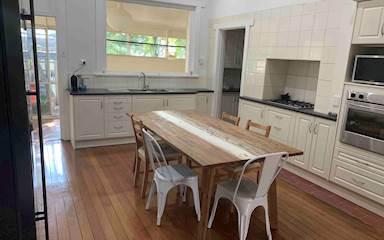 House share Glen Osmond, Adelaide $175pw, 3 bedroom house