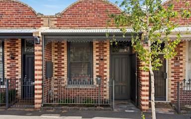 House share Albert Park, Melbourne $315pw, 2 bedroom house