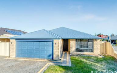 House share Banksia Grove, Perth $200pw, 4+ bedroom house