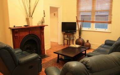 House share Albert Park, Melbourne $330pw, 2 bedroom house