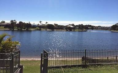 House share Burleigh Waters, Gold Coast and SE Queensland $250pw, 3 bedroom house