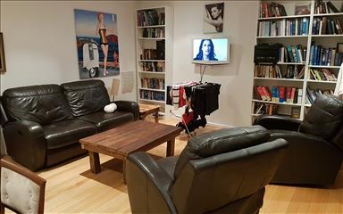House share Albert Park, Melbourne $288pw, 2 bedroom apartment