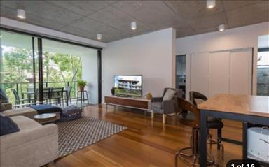 House share Ashmore, Gold Coast and SE Queensland $270pw, 2 bedroom apartment