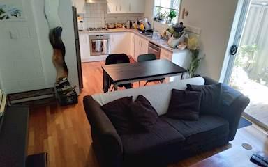 House share Alphington, Melbourne $175pw, 2 bedroom apartment