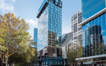 Immerse Yourself in Melbourne's CBD During a Stay at Vibe Hotel Melbourne