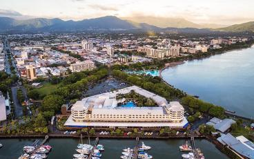 Cyber Sale: FREE Room Upgrade at 5 Star Shangri-La Hotel, The Marina, Cairns