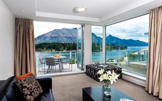Take a break at Oaks Queenstown Club Suites